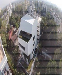 أوريغامي منزل صديق للبيئة بني على مساحة 500 متر فقط